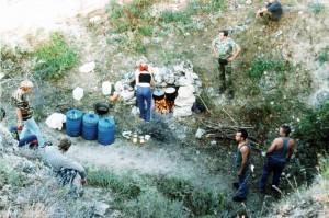 Кухня. Экспедиция Аджимушкай 2002 г.